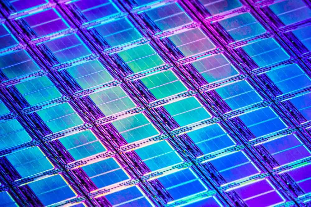 گامی به سوی تحقق رویای ساخت ترانزیستور های بدون سیلیکون