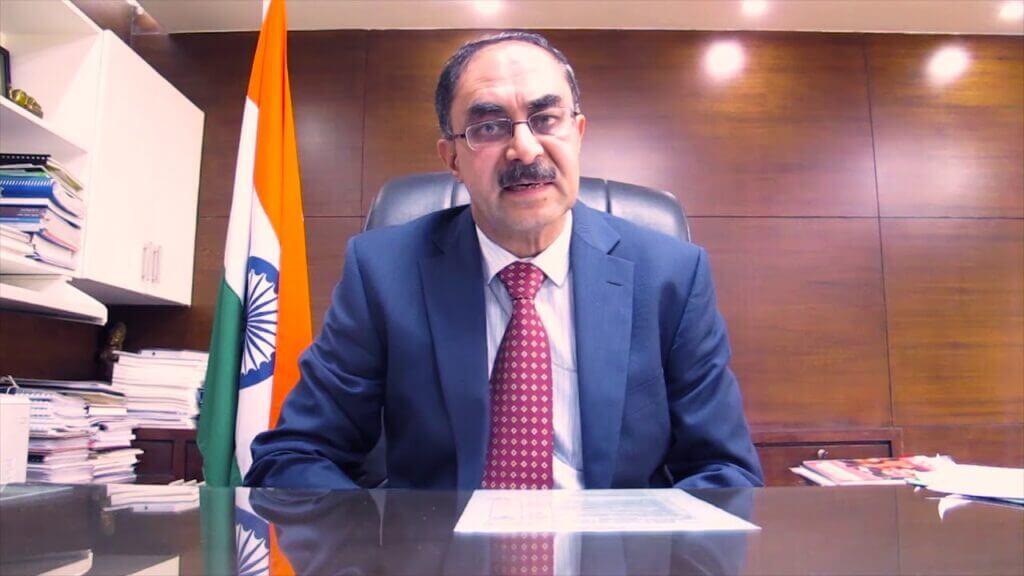 آجای پراکاش وزیر الکترونیک و فناوری اطلاعات هند