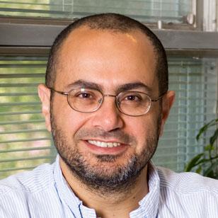 پروفسور عمرو صبری